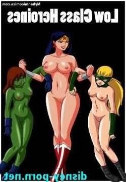 Low Class Heroines > 17 pics